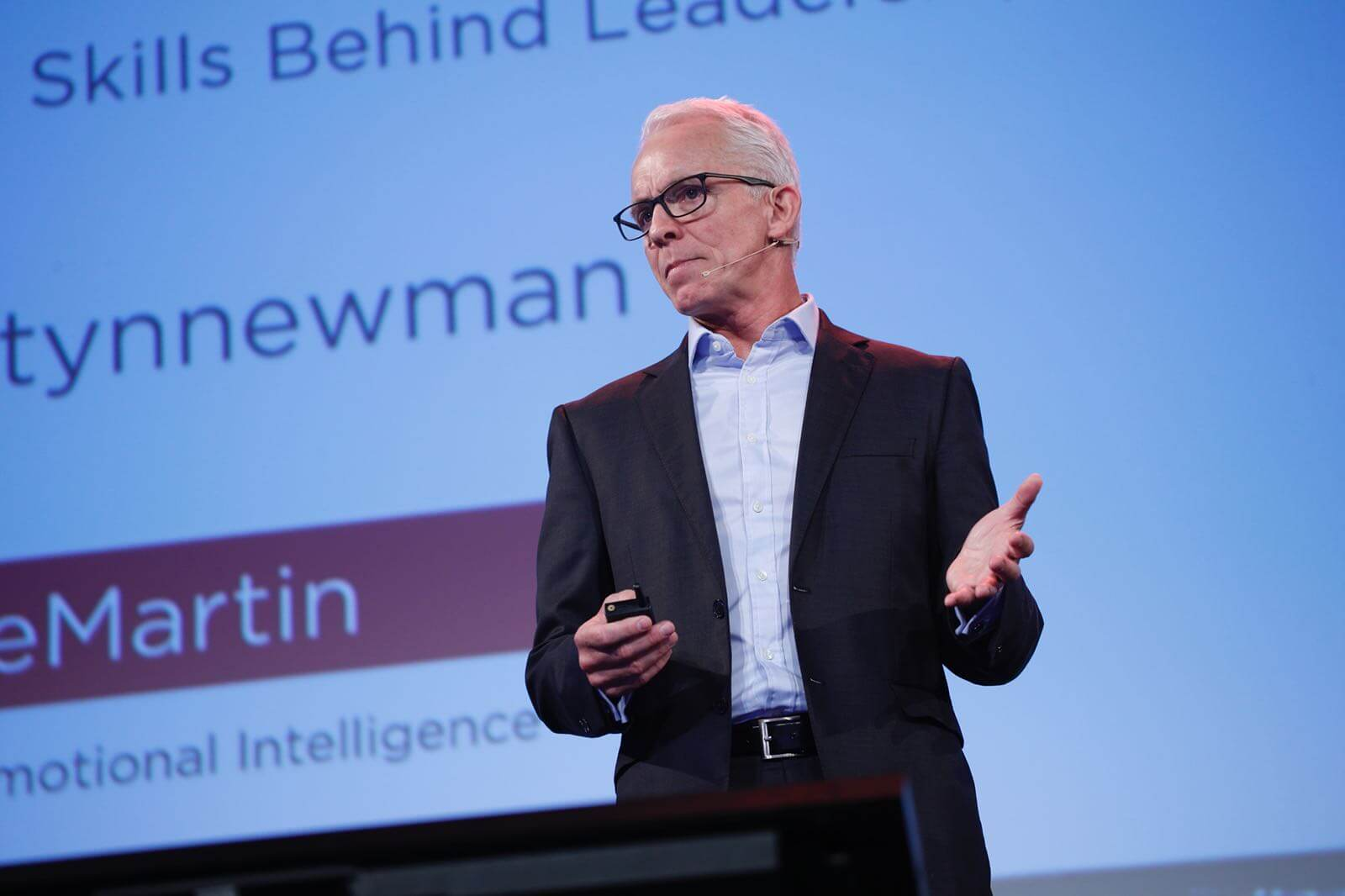 What are the critical emotional intelligence skills that are highly predictive of leadership performance?