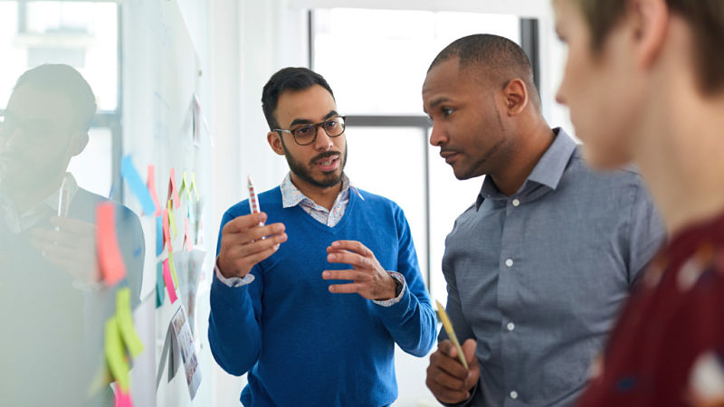 Why HR Teams Should Invest in Emotional Intelligence Training For Their Organisation